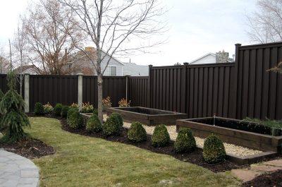 trex-fencing-woodland-brown-12