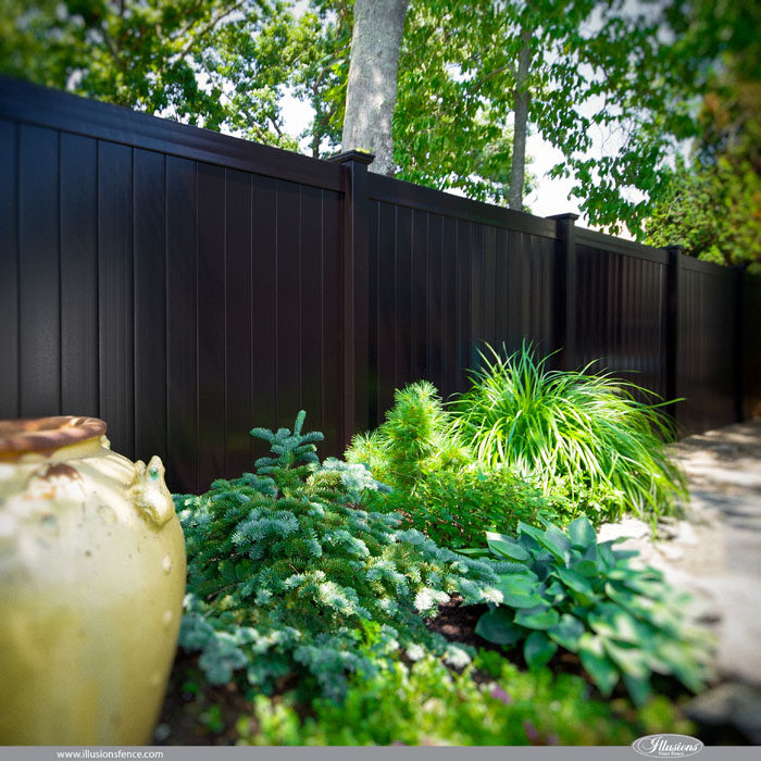 black-vinyl-pvc-fencing-panels-from-illusions
